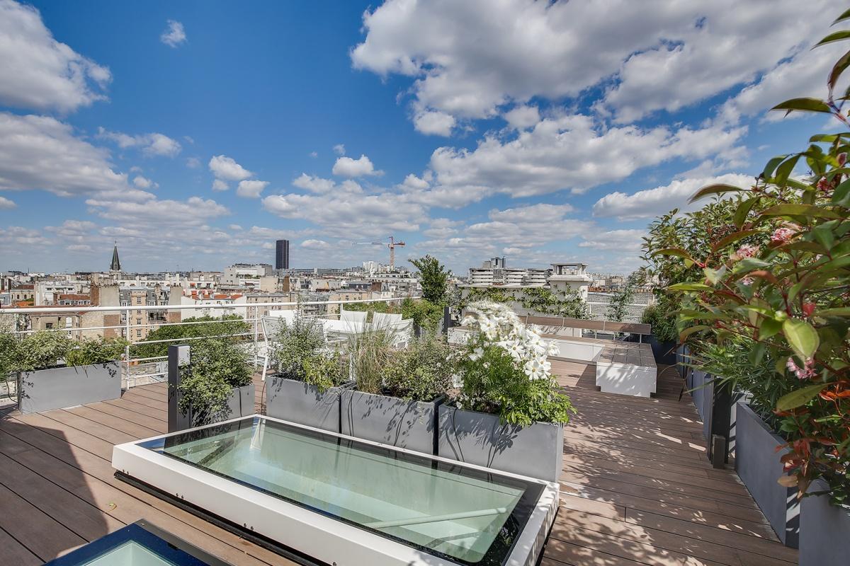 Réaménagement d'un appartement à Paris et création d'un rooftop : creation rooftop architecte
