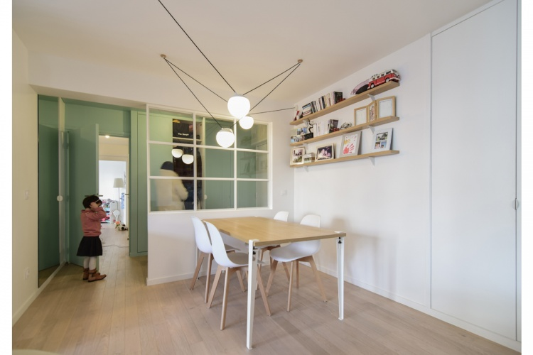 GALLIENI : architecte-renovation-sejour-table-tiptoe-AREA-Studio