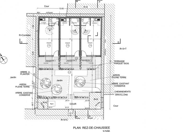 Trois maisons de ville, duplex et studio : plan RdC