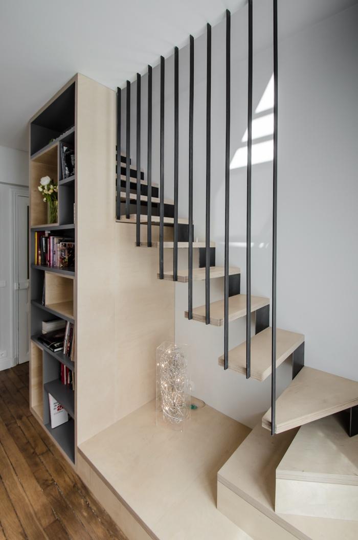 Appartement PE : Détail de l'escalier