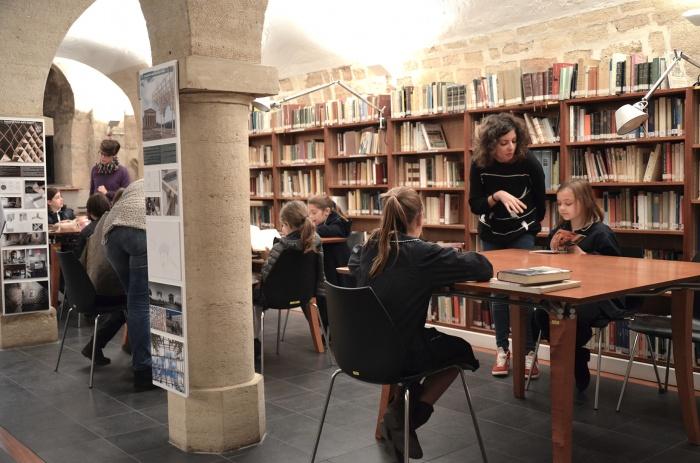 Bibliothèque des Enfants : 9
