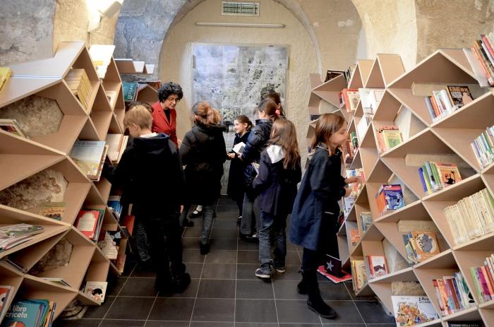 Bibliothèque des Enfants : 10
