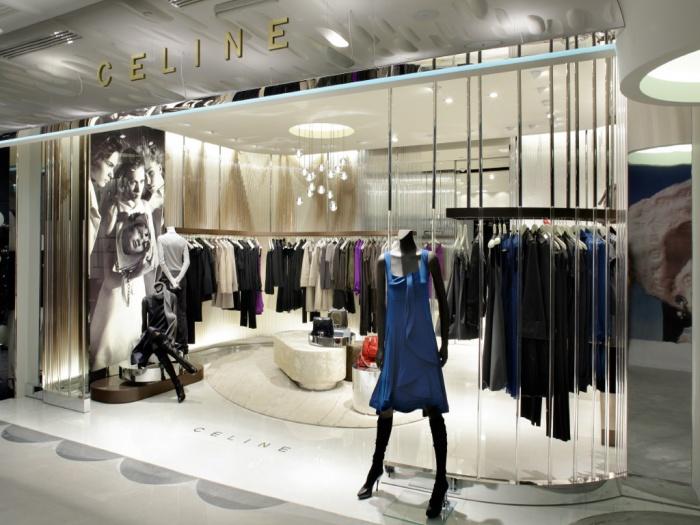 Retail_stand de prêt-à-porter féminin : image_projet_mini_86971