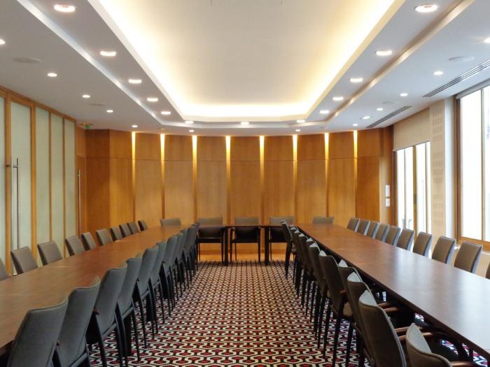 Equipement_salle de réunion à Paris 8e : image_projet_mini_87014