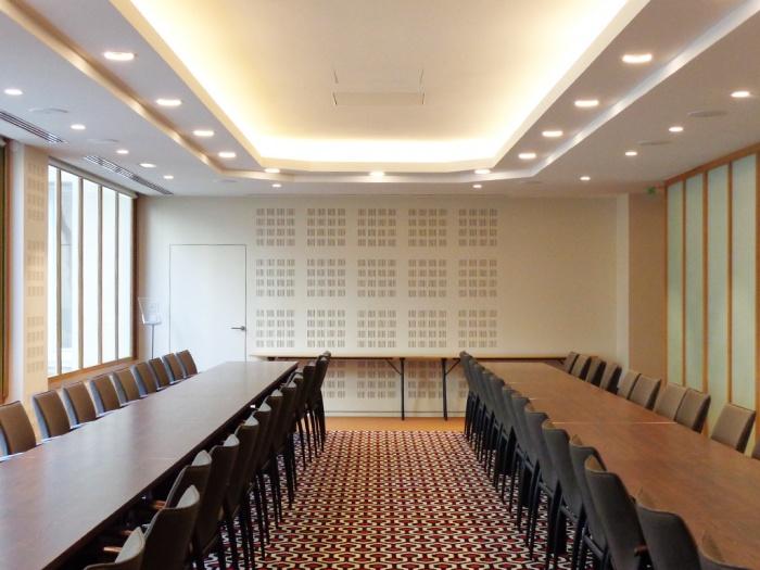Equipement_salle de réunion à Paris 8e : 11