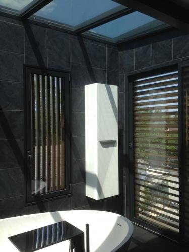 VILLA BELLEVUE : Salle de bains au dernier étage